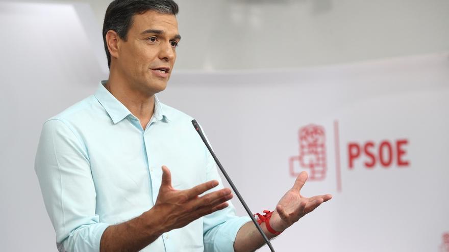"""Pedro Sánchez se muestra """"contento"""" por el debate y dice que """"un PSOE """"nuevo"""" hoy está """"más cerca"""""""