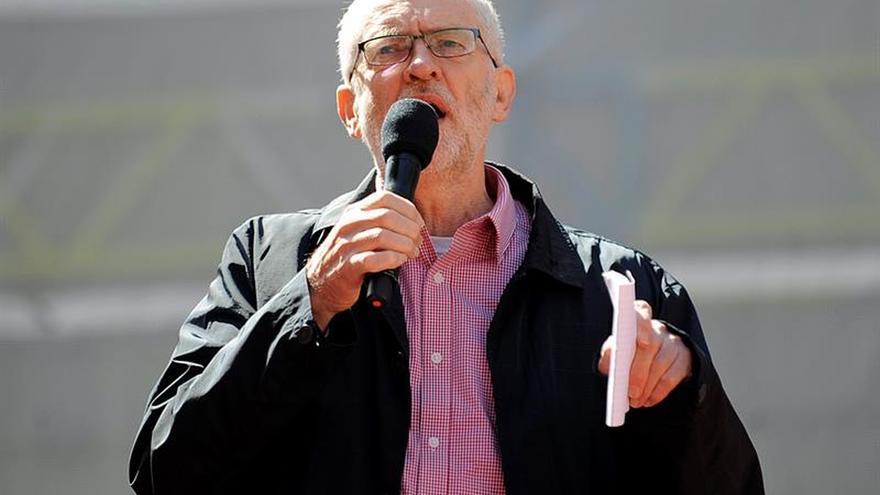 El Ejecutivo laborista decide si Corbyn puede ser otra vez aspirante a líder