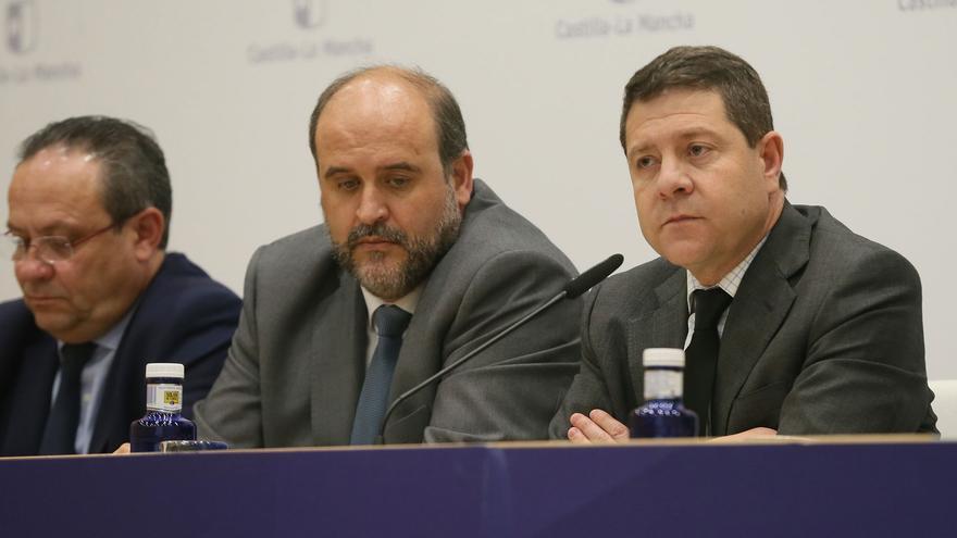 Emiliano García-Page junto al vicepresidente regional, José Luis Martínez Guijarro