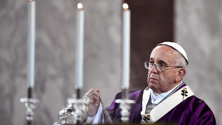 """El papa convocará oficialmente el """"Jubileo de la Misericordia"""" el 11 de abril"""