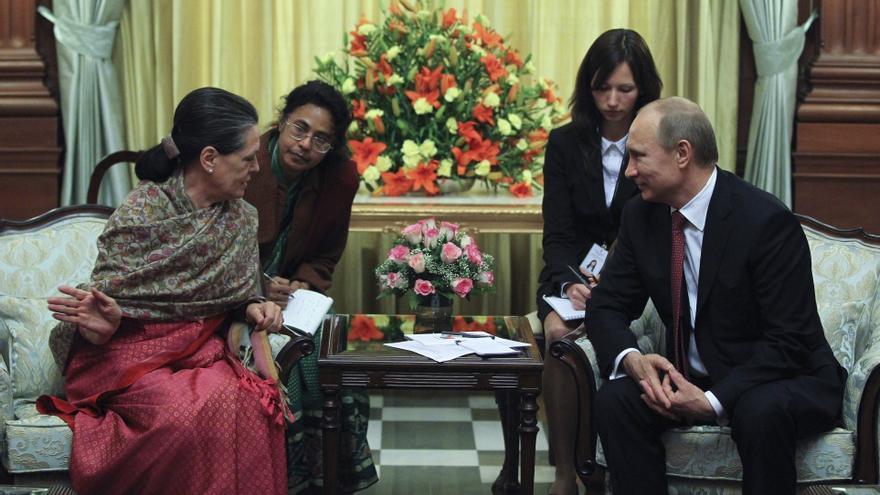 India y Rusia firman acuerdo militar por valor de 3.000 millones de dólares