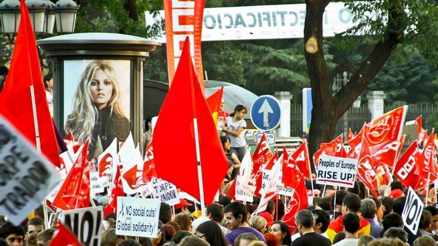 Manifestación en contra de los recortes, la precariedad laboral y la corrupción. (Canarias Ahora).
