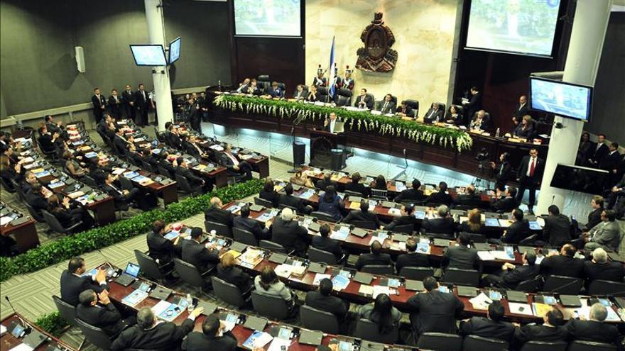 Honduras aprueba la figura del juicio político que permite enjuiciar presidentes