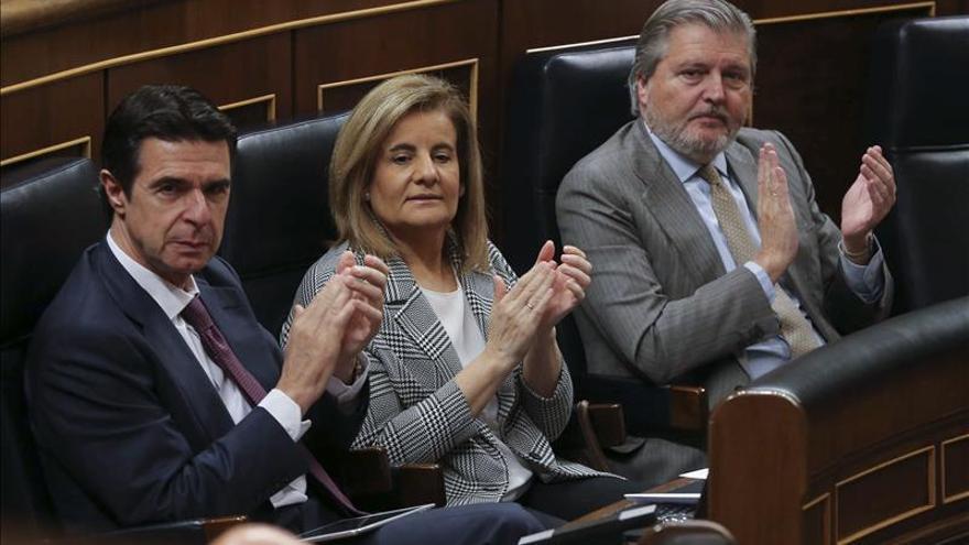 """Méndez de Vigo asegura en el Congreso que """"el IVA cultural no existe"""""""