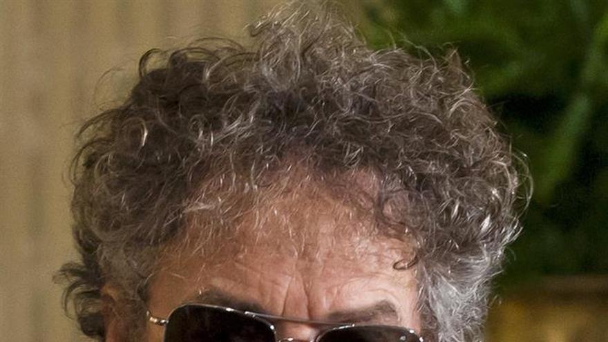 Bob Dylan y Violeta Parra recibirán homenaje en Feria del Libro de Bogotá