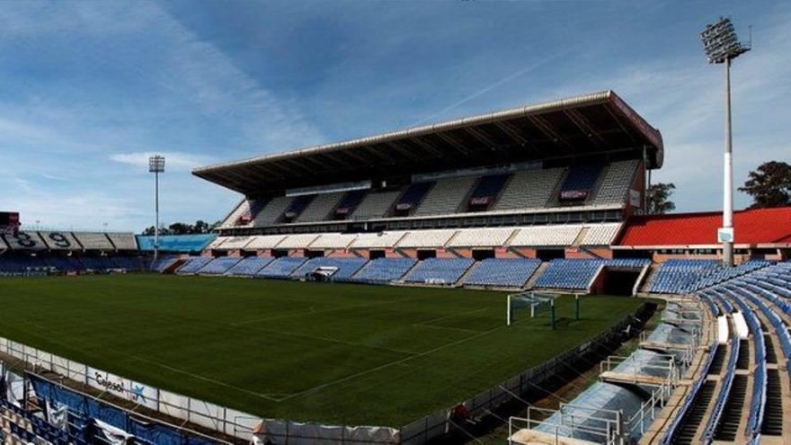 Estadio Nuevo Colombino, donde el Recre juega sus partidos como local.