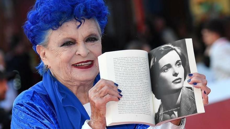 Lucía Bosé rememora en su biografía los hitos y amores de su vida de cine
