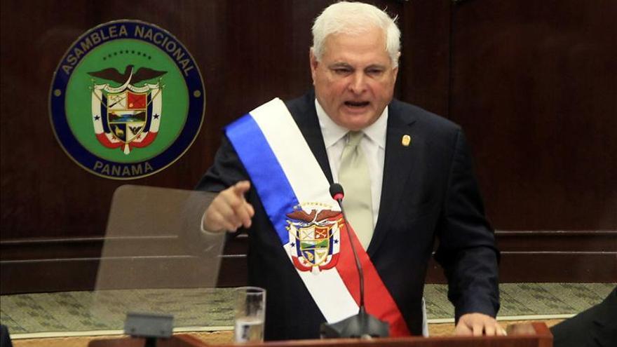 Martinelli cita a los embajadores de España e Italia por el conflicto en el Canal de Panamá