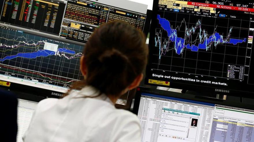 La Bolsa de Seúl abre con una subida del 0,44 % hasta los 2.155,36 puntos