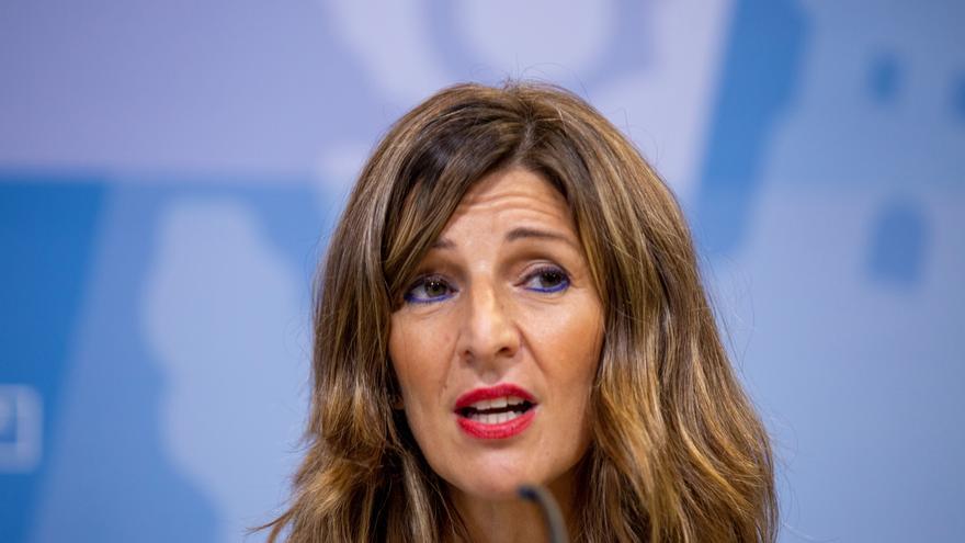 """Yolanda Díaz denuncia pintadas de """"asesino"""" a Largo Caballero en Madrid"""