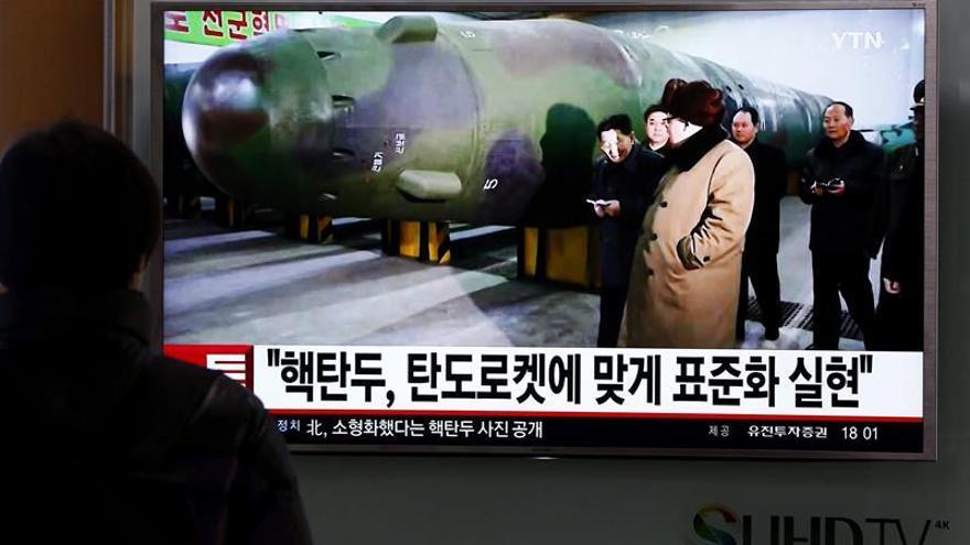"""Corea del Norte acusa al Sur de """"traición"""" por su pacto de defensa con Japón"""