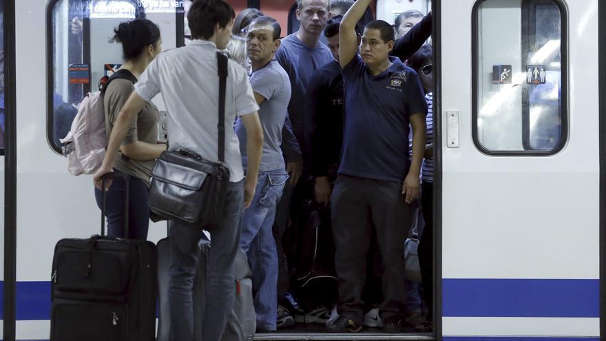 Los sindicatos cifran en 95-98 por ciento el seguimiento del paro en Metro y del 100 en la EMT