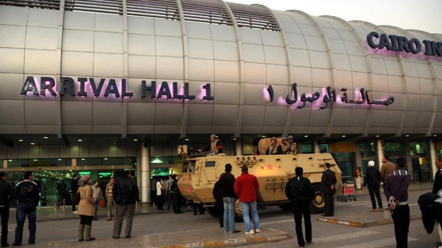 Explosión en instalación militar cerca del aeropuerto de El Cairo