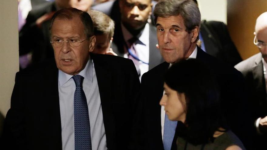 EE.UU., Rusia y otras potencias se reúnen para revivir la tregua en Siria