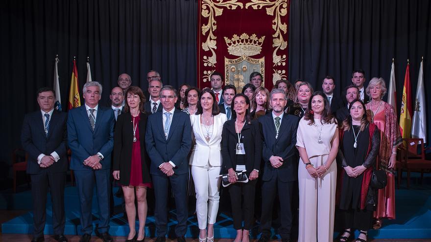 Concejales electos en la nueva Corporación municipal en Santander.   JOAQUÍN GÓMEZ SASTRE