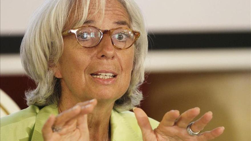 El FMI propone a España un pacto social que incluya la rebaja de los sueldos