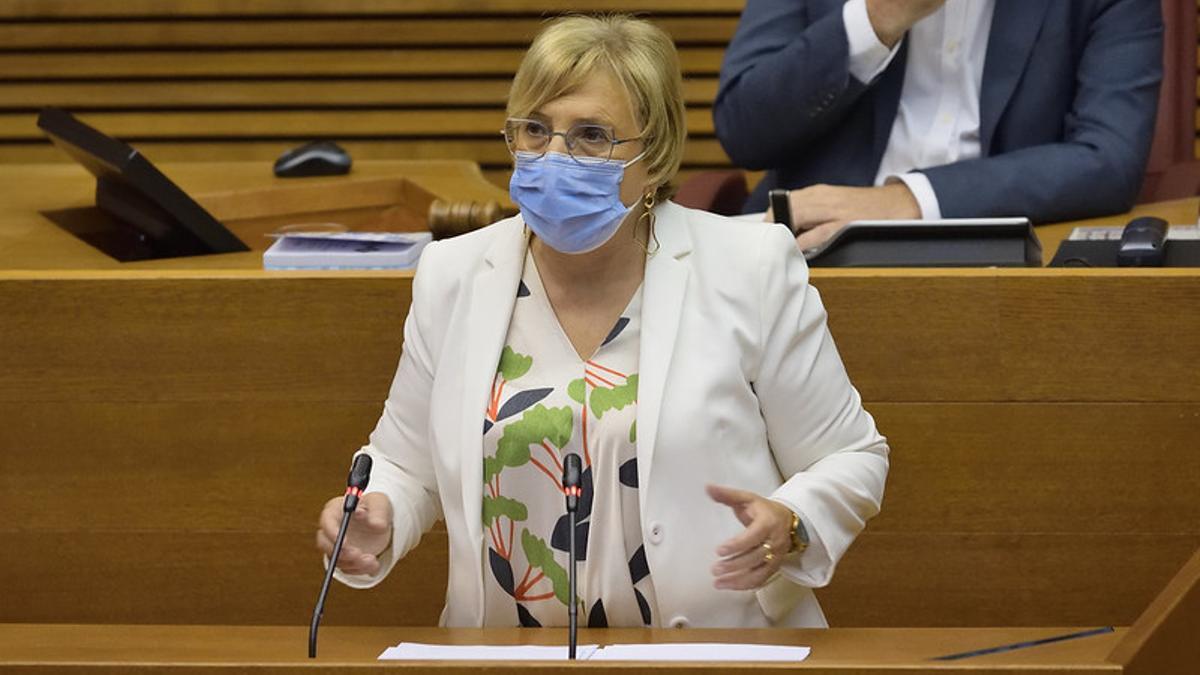 La consellera de Sanidad, Ana Barceló, en su intervención.