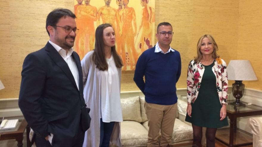 """PP y Cs pactan en Canarias que la reforma electoral esté """"sincronizada"""" entre el Parlamento regional y el Congreso"""