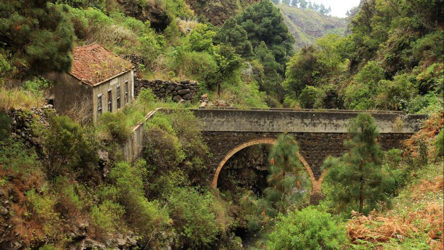 Imagen de archivo de la antigua central de El Electrón, en el barranco del Río de Santa Cruz de La Palma