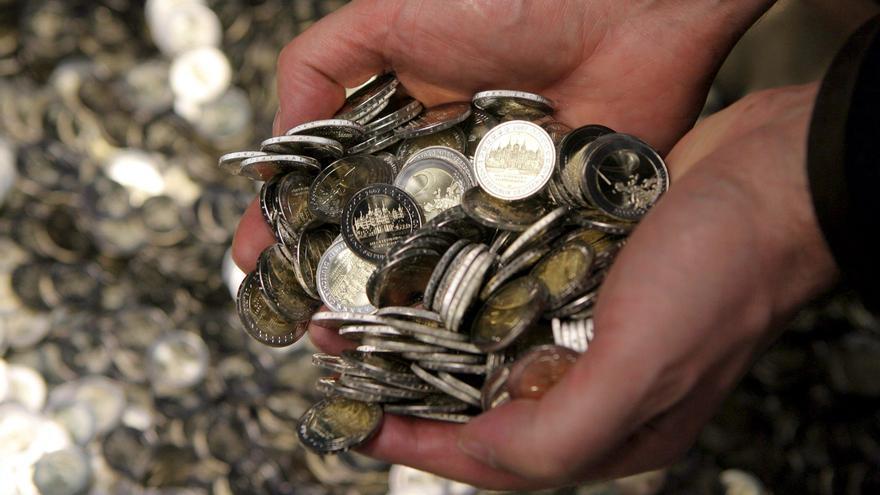 El euro baja en la apertura a 1,2872 dólares en Fráncfort