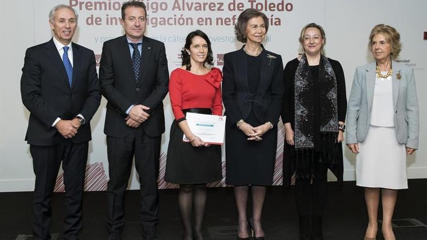 Doña Sofía preside la creación de una cátedra pionera de investigación renal