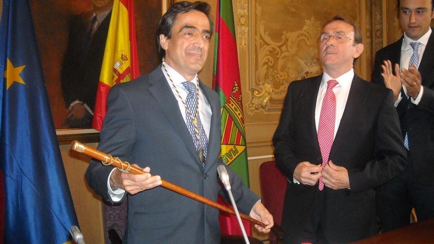 El PP propone la firma de un compromiso político para que gobierne en Torrelavega la lista más votada
