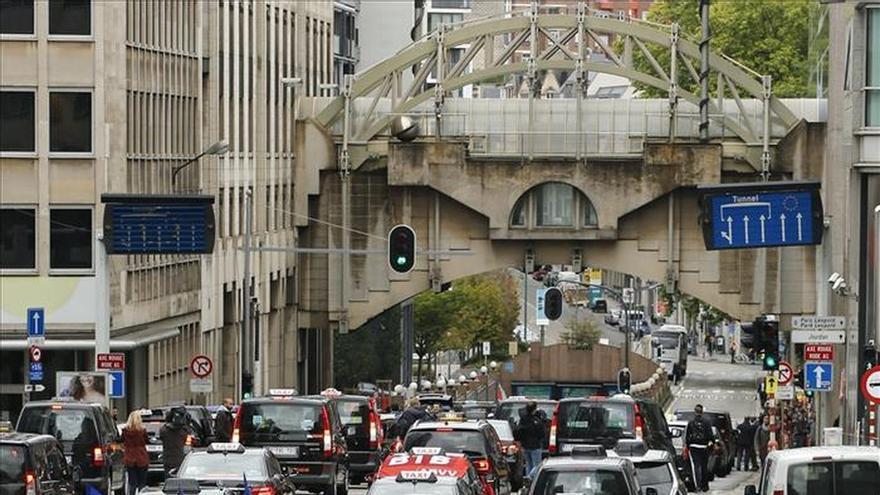 """Los taxistas europeos se manifiesta en Bruselas contra """"Uber-pop"""""""