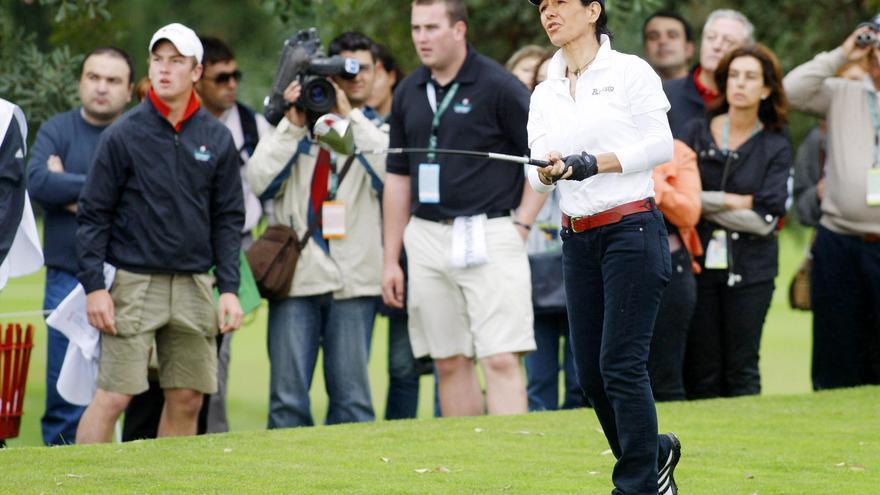 Ana Patricia Botín juega al golf / Foto: EFE