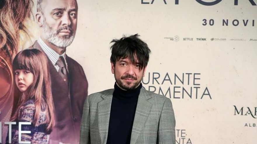 Oriol Paulo en el estreno de 'Durante la tormenta' en España