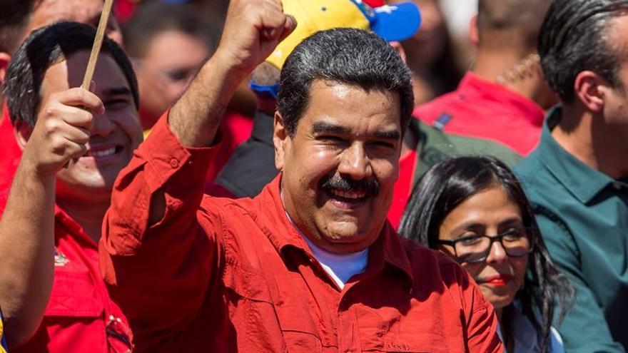 El Parlamento venezolano inicia el debate sobre el juicio al presidente Maduro