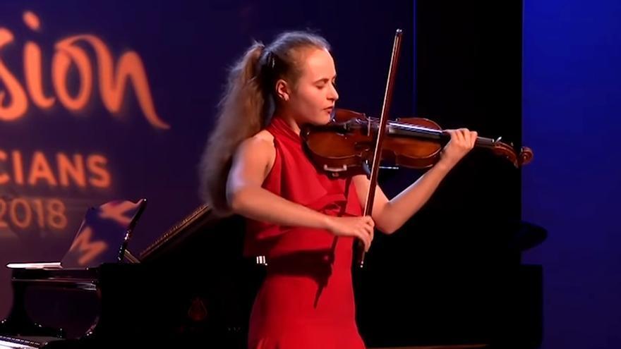 Sara Valencia, durante su actuación en el Festival de Jóvenes Músicos 2018