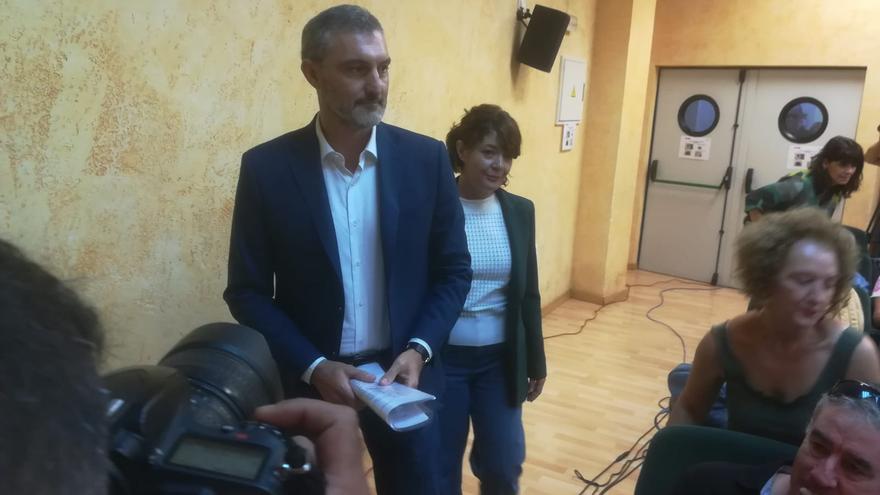 Óscar Urralburu y María giménez comparecen en rueda de prensa para anunciar su dimisión de Podemos