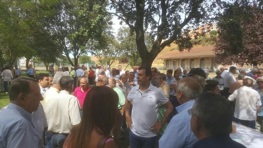 Martínez Maíllo pide prudencia a la espera de las explicaciones de Valdeón y de las actuaciones judiciales