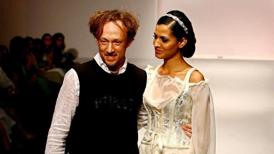 Diseñadores latinoamericanos exhiben sus nuevas colecciones en Miami