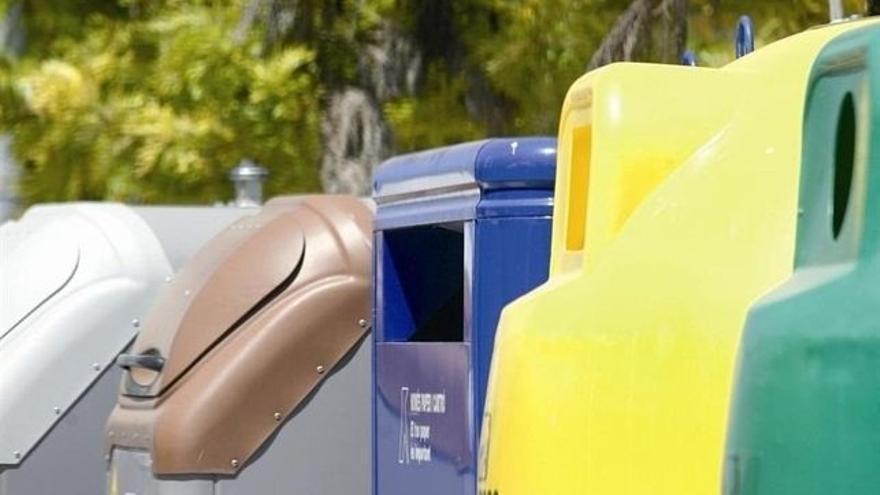 Contenedores para la recogida de residuos.