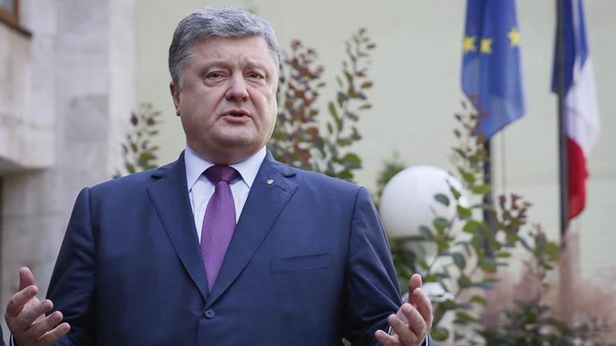 Poroshenko promete que castigará a los culpables del derribo del MH17 malasio