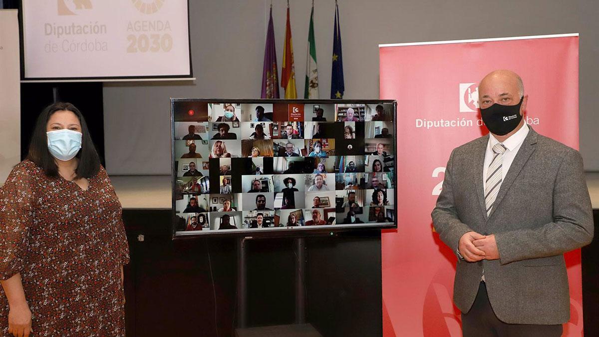 El presidente de la Diputación, Antonio Ruiz, tras la firma telemática con los ayuntamientos de la provincia.
