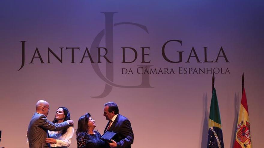Rubaiyat y el grupo Paraguas, premiados por la Cámara Española en Brasil