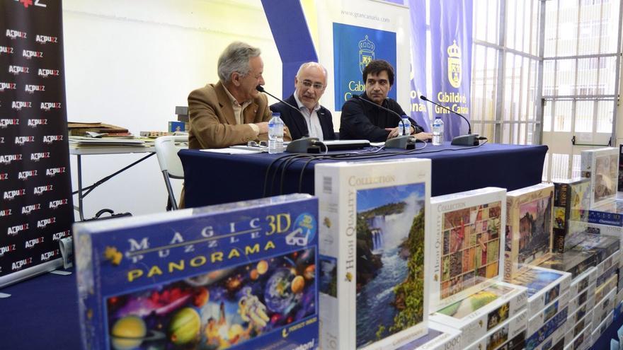 El presidente del Cabildo de Gran Canaria, Antonio Morales, presentó el reto del puzle.