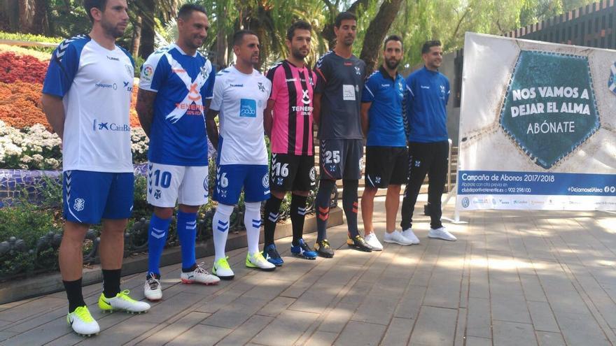 Nuevas equipaciones del CD Tenerife.