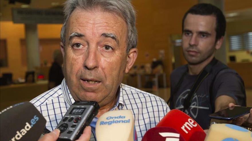 Dimite el consejero de Agricultura de Murcia tras 16 años en el cargo