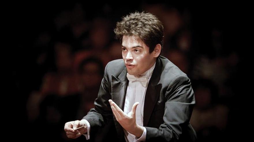 Lahav Shani, el director más joven de la filarmónica de Rotterdam con 29 años