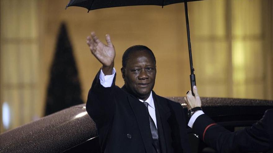 """Costa de Marfil pide """"un compromiso internacional más amplio"""" en Mali"""