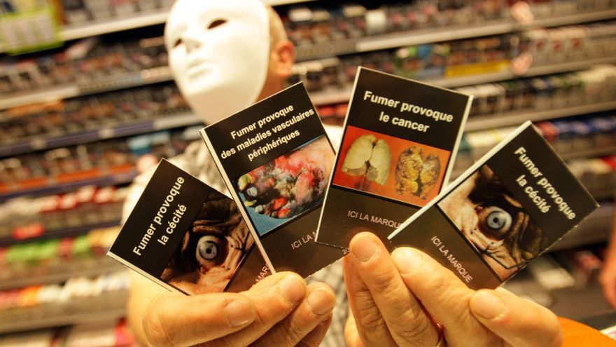 Ejemplo de cajetillas de tabaco genérico en Francia, una propuesta que acabó tumbando el Senado / EFE