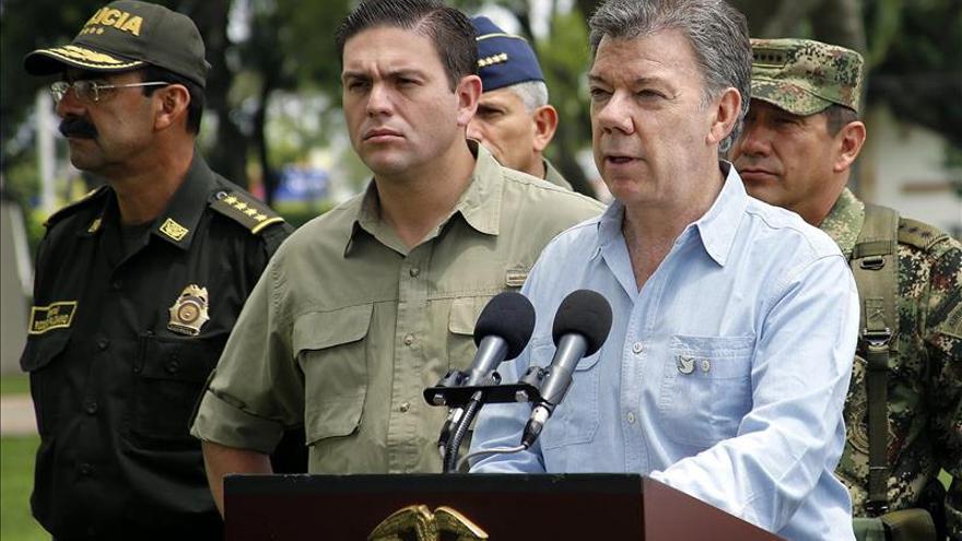 Santos autoriza el viaje de los máximos jefes de las FARC y el ELN para una reunión en Cuba