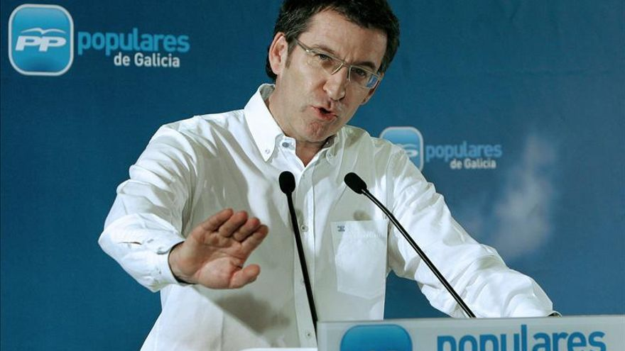 Un grupo de sindicalistas abuchea a Feijóo en el congreso de UGT en Galicia