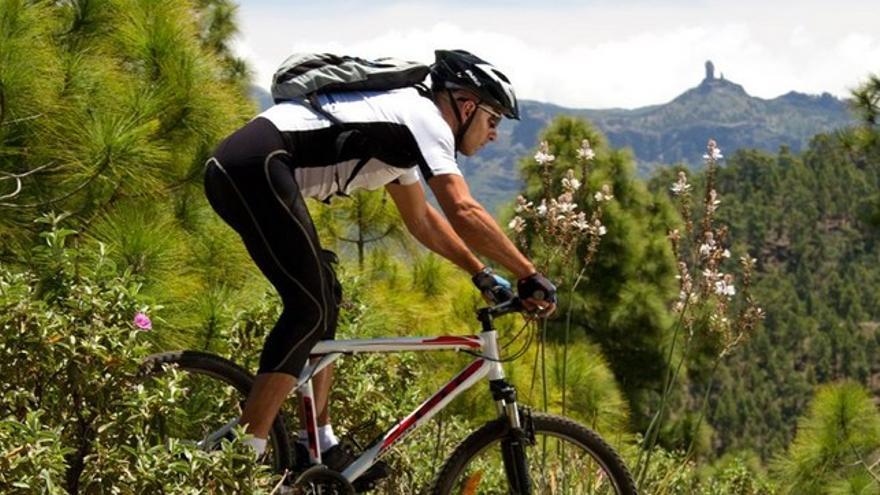 Ciclista en Gran Canaria