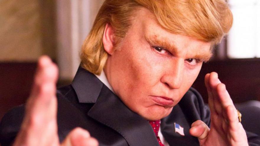 Johnny Depp como Donald Trump en 'The art of the deal'