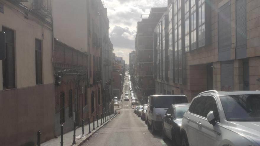 Llevo un mes confinado en mi barrio de Madrid y la vida es la misma que sin el cierre imaginario