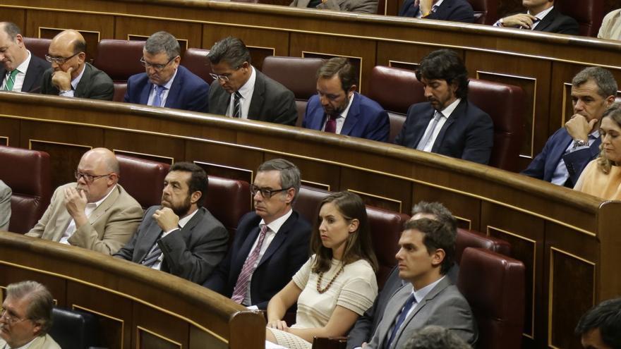 Ciudadanos pregunta a Podemos si piensa bloquear con un referéndum la reforma constitucional para quitar aforados